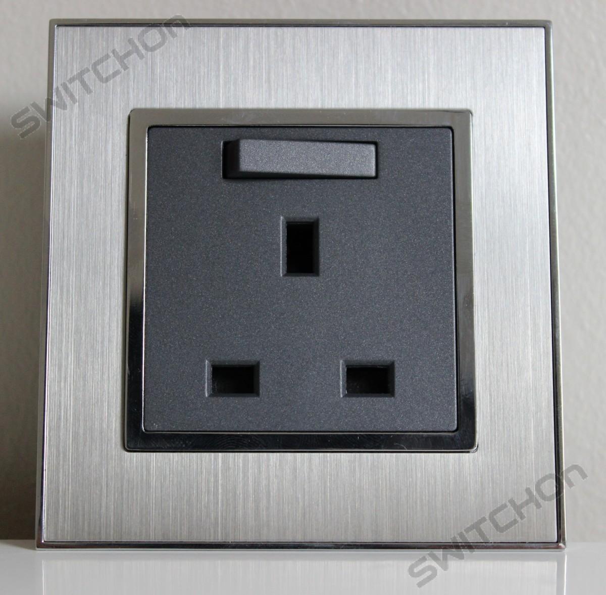 Brushed Satin Silver 13 Amp Single Switched Plug Socket