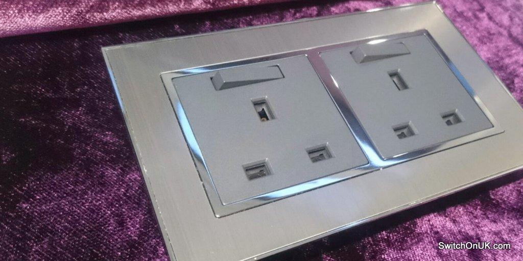 Metal Double Socket